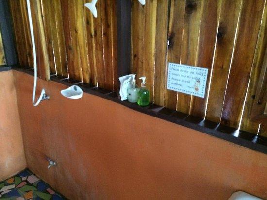 Phi Phi Relax Beach Resort : Rustique mais çà suffit
