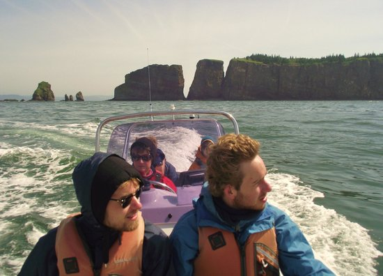 Advocate Boat Tours: Boat Tour to Cape Split on the Bay of Fundy