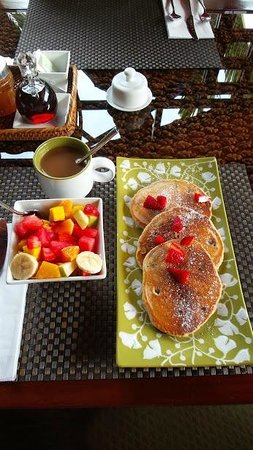 Physis Caribbean Bed & Breakfast: Breakfast at Physis Caribbean