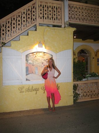 L'Auberge Gourmande : Outside of the restaurant