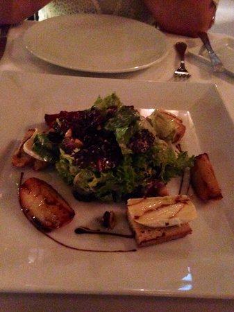 Les Cepages Restaurant: Ensalada (Manzana caramelizada)