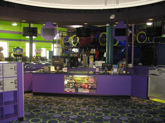 Kids Quest and Cyber Quest at Paragon Casino Resort: Lobby