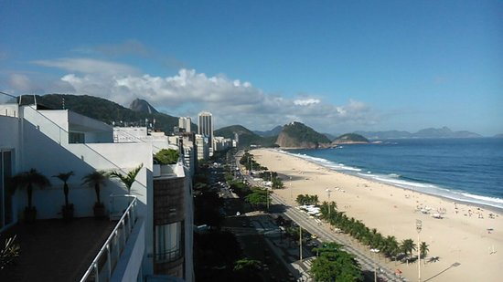 Arena Copacabana Hotel : View from roof where you have the pool