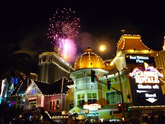 Best Western Plus Casino Royale: ночной фейерверк встречи 2014 года