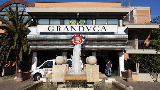 Hotel Granduca: L'ingresso dell'Hotel