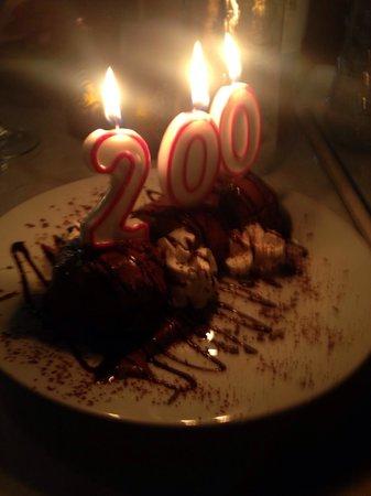 La Fuente: En helt spesiell dessert i anledning Grunnlovsjubileet:-)