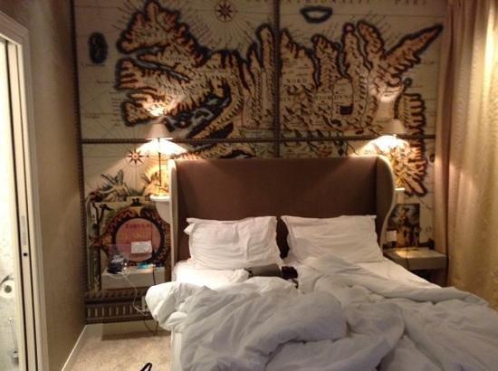 Hotel du Continent: comfy bed
