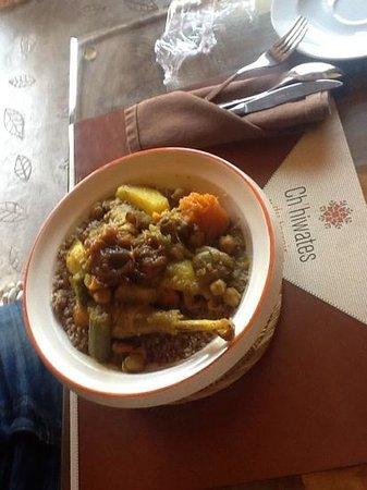 Ch'hiwates du terroir : legendaire couscous au jujubier et poulet beldi