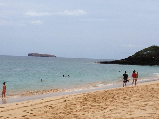 Makena Beach: Big Beach and Molokini crater in the distance