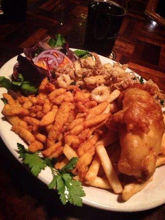 Taps Tavern: Seafood platter