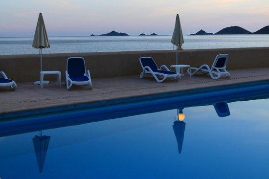 Hotel Stella di Mare : Piscine