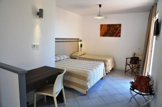 Hotel Stella di Mare : Intérieur Chambre jardin