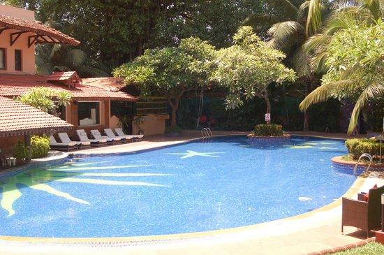 Lemon Tree Amarante Beach Resort, Goa : Swimming Pool