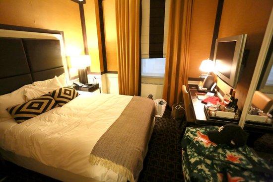 Empire Hotel : Lite rom