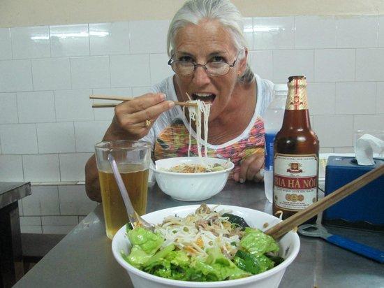 Bun Bo Nam Bo : The Bun and the Beer