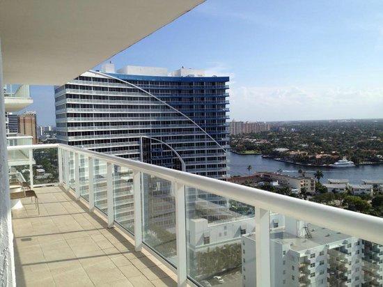 Hilton Fort Lauderdale Beach Resort: city view