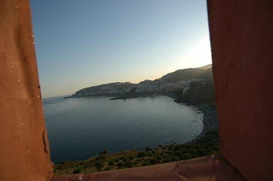 Playacalida Spa Hotel: vista al fondo de almuñecar