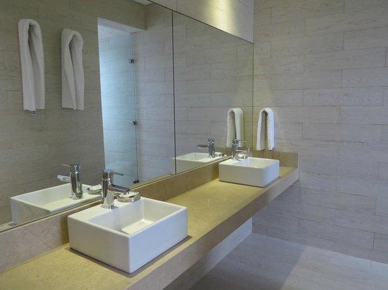 Atlantico Boutique Hotel: Bathroom Ocean Suite