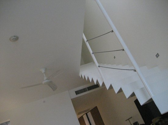 Hilton Puerto Vallarta Resort: Stairs that led up to our roof in the room.