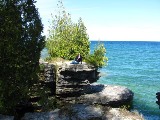 Cave Point County Park