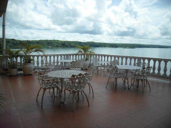 Terraza De Descanso Picture Of Hotel Villa Del Lago