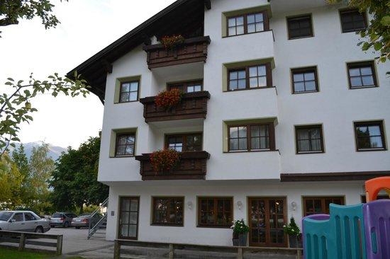 Familien-Landhotel Stern : Vista de la parte posterior