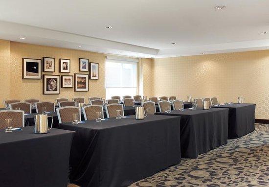 Moonrise Hotel : Apollo 8 Meeting Room