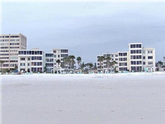 Island House Beach Resort : The Island House