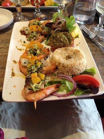 La Regaline : Brochette de crevettes et maigre
