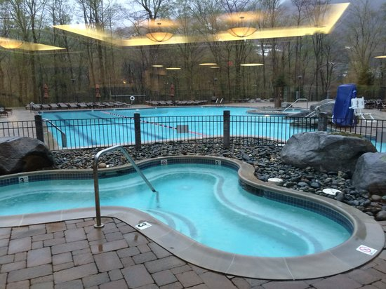 Stowe Mountain Lodge : 1 of the 2 jaccuzzis