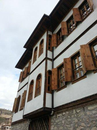 Cesmeli Konak: the hotel