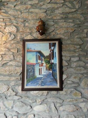 Cesmeli Konak: original stone wall