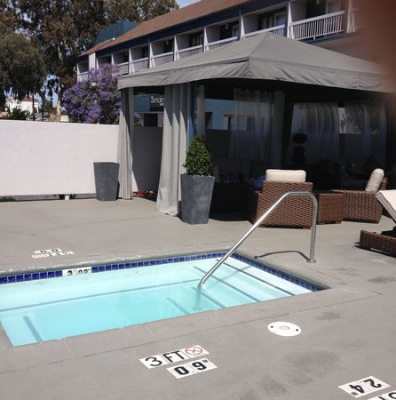 The Domain Hotel : cozy pool area206410574