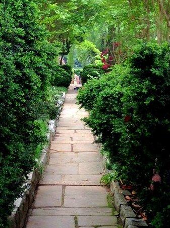 Agecroft Hall : Gardens