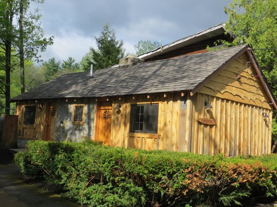 The Lodges at Blue Water Manor: Newly Renovated Cabin
