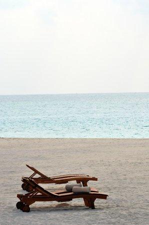 Atmosphere Kanifushi Maldives: Beach