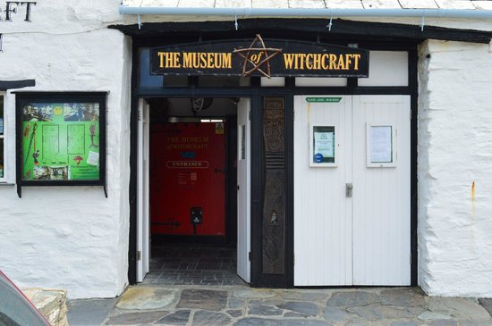 Boscastle Visitors Centre : Calling all witches