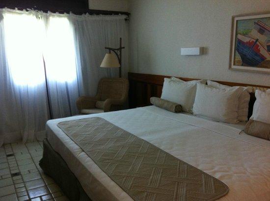 Summerville Beach Resort: cama gigante