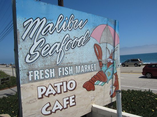 Malibu Seafood Fresh Fish Market and Patio Cafe : Glorious View of the Ocean