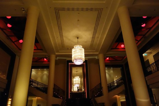 Corinthia Hotel St. Petersburg: Recepção