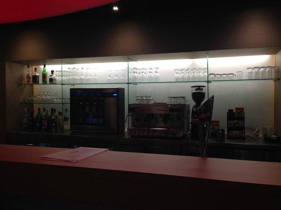Ibis Barcelona Centro : Coffee corner