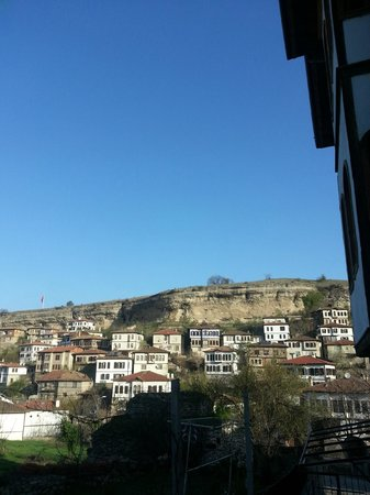 Cesmeli Konak: view from the back yard of the hotel