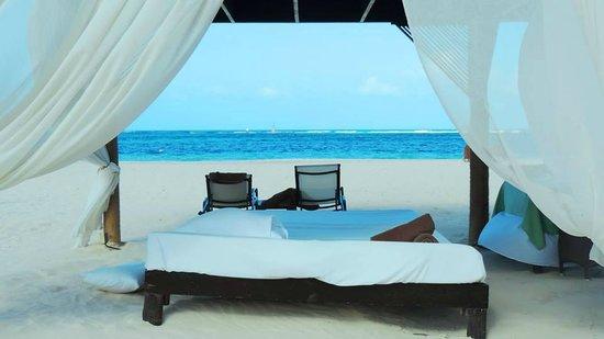 Secrets Royal Beach Punta Cana: Praia
