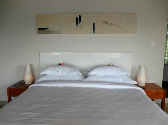 Villa Afrikana Guest Suites: bed