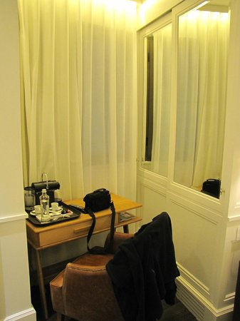 H10 Montcada Boutique Hotel: kamer