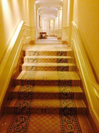 Majestic Hotel & Spa Barcelona: Corridor