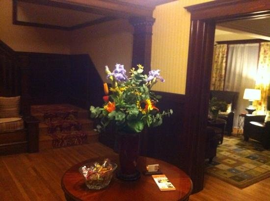 Parker Guest House: Entrance hall