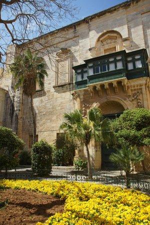 Grandmaster's Palace : wewnętrzny dziedziniec