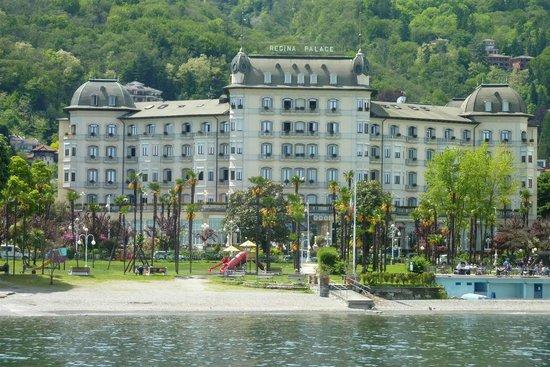 Regina Palace : Hotel from lake