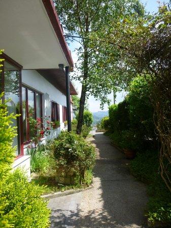 Hotel Leku Eder : Entrada exterior del hotel